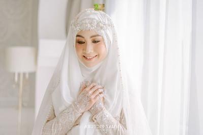 Design Gaun Pengantin Muslimah Termewah Jxdu Inspirasi Gaun Pengantin Modern Ala Publik Figur Ini Super