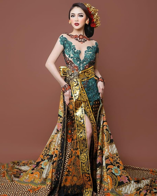 Design Gaun Pengantin Muslimah Untuk Tubuh Mungil 3id6 80 Model Kebaya Modern 2020 ➪ Kutu Baru Muslim Encim