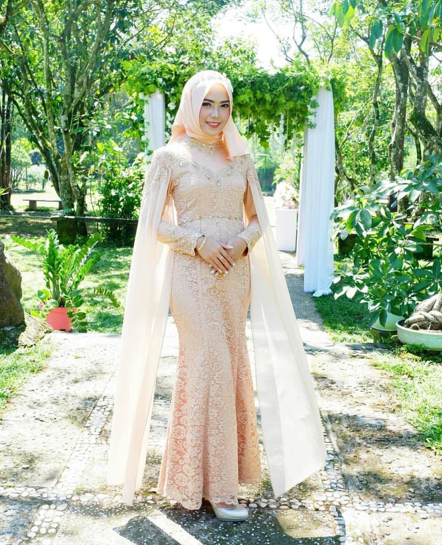 Design Gaun Pengantin Muslimah Untuk Tubuh Mungil 4pde Tips & Cara Memilih Model Kebaya Pengantin Terbaru Baju