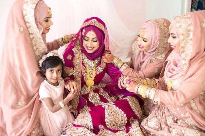 Design Gaun Pengantin Muslimah Untuk Tubuh Mungil Ipdd 20 Gaun Pengantin Muslimah Berbagai Model Untuk Pernikahanmu
