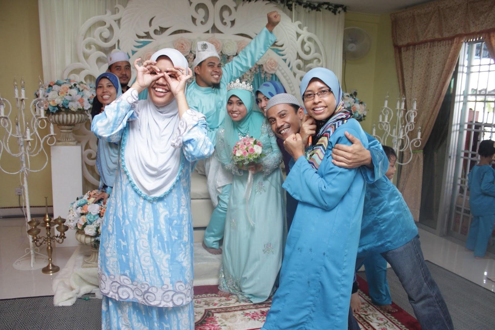 Design Jual Baju Pengantin Muslimah Murah D0dg Life with A View December 2012