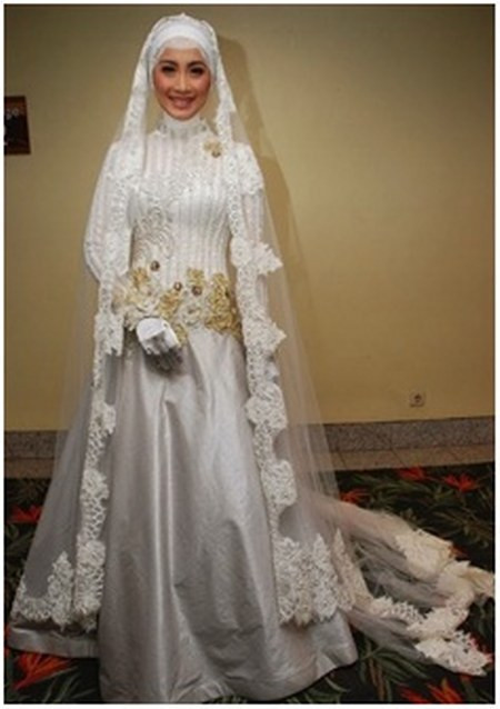 Gaun Pengantin Cantik Berhijab Lovely 29 Inspirasi Busana Pengantin Berhijab Modern Ini Meskipun
