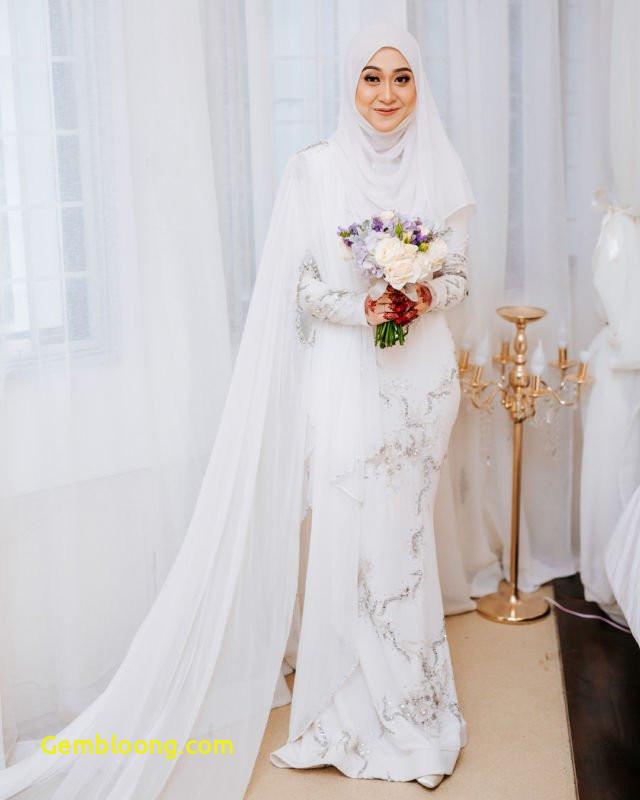 Gaun Pengantin Hijab Minimalis New Mahkota Uniknya Jadi sorotan Pernak Pernik Wedding Ala