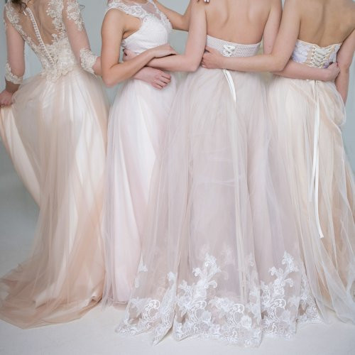 Gaun Pengantin Muslim Simple Elegan Awesome 10 Inspirasi Tren Gaun Pernikahan Yang Cantik Dan Kekinian