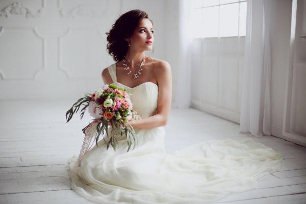 Gaun Pengantin Muslim Simple Elegan Elegant 10 Inspirasi Tren Gaun Pernikahan Yang Cantik Dan Kekinian