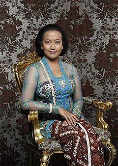 Gaun Pengantin Muslimah Modern Luxury Kebaya