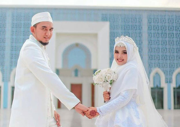 Gaun Pengantin Muslimah Modern Warna Putih Elegant Gaun Pengantin Syar I Bagi Muslimah V&co Jewellery News