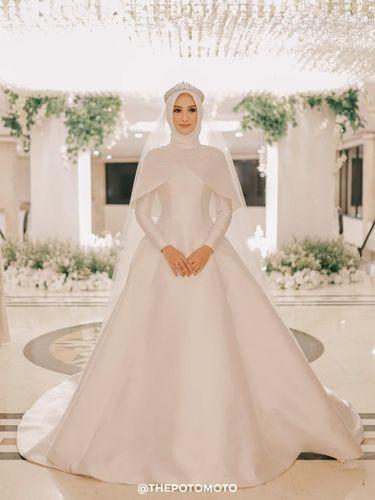 Gaun Pengantin Muslimah Modern Warna Putih New 8 Inspirasi Gaun Pengantin Muslimah Dari Artis Hingga Selebgram