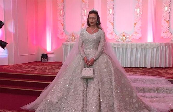Gaun Pengantin Muslimah Sederhana Tapi Elegan Fresh Elie Saab Menciptakan Gaun Pengantin Untuk 27 Juta Rubel