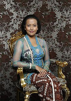 Gaun Pengantin Muslimah Simple Elegan Luxury Kebaya