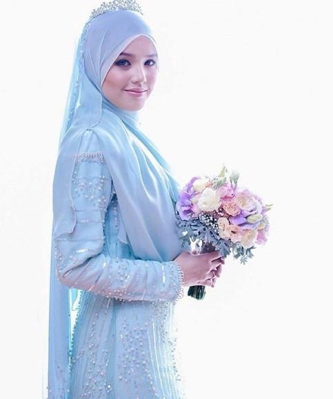 Gaun Pengantin Muslimah Simple Tapi Elegan Elegant Gaun Pengantin Muslimah Simple Tapi Elegan Malaysia