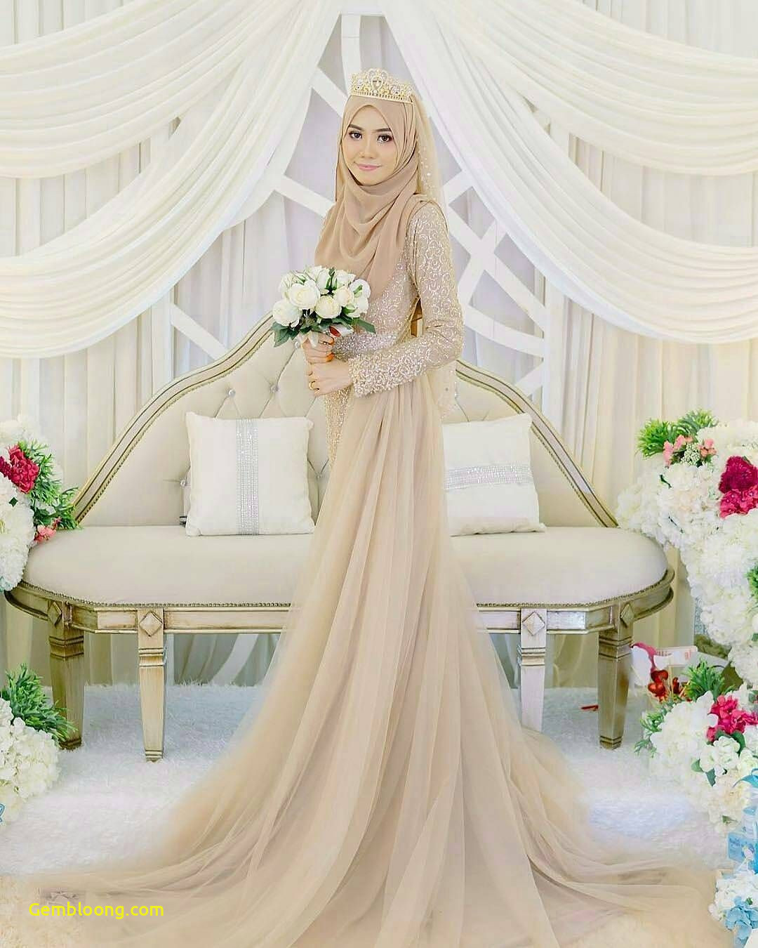 Gaun Sederhana Pengantin Berhijab Beautiful 13 Inspirasi Gaun Pengantin Melayu Untukmu Yang Berhijab