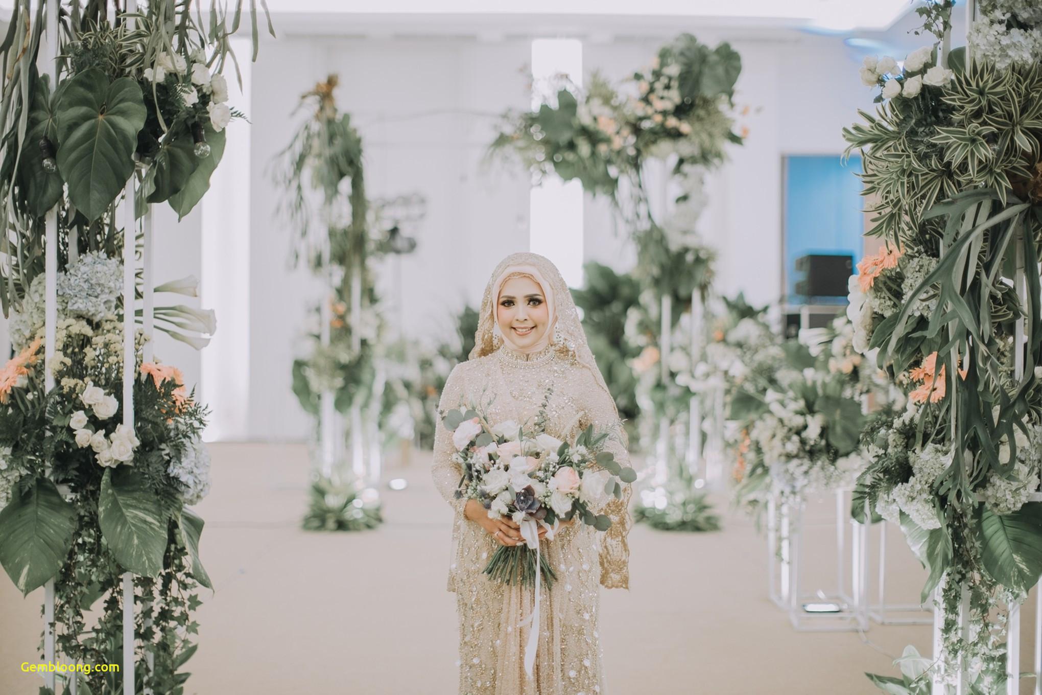 Gaun Sederhana Pengantin Berhijab Beautiful 20 Inspirasi Gaun Pernikahan Untuk Calon Pengantin Berhijab