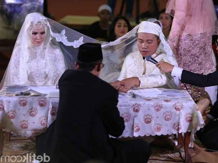 Ide Baju Pengantin Akad Nikah Muslimah Tqd3 Model Kebaya Akad Nikah Hijab Model Kebaya Terbaru 2019