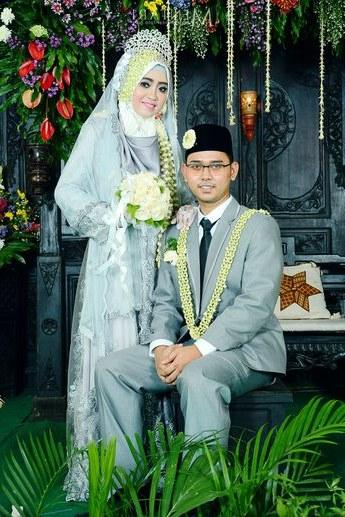 Ide Baju Pengantin Dodotan Muslim 8ydm Pernikahan Adat Jawa Jihan Dan Tatok Di Semarang