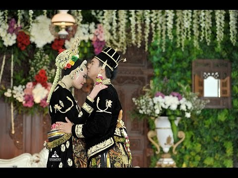 Ide Baju Pengantin Dodotan Muslim Jxdu Videos Matching Pernikahan Adat Keraton solo