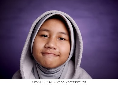 Ide Baju Pengantin Modern Muslim Q0d4 Snmky Stock Fotografie A Vektory Na Téma Muslim Girls