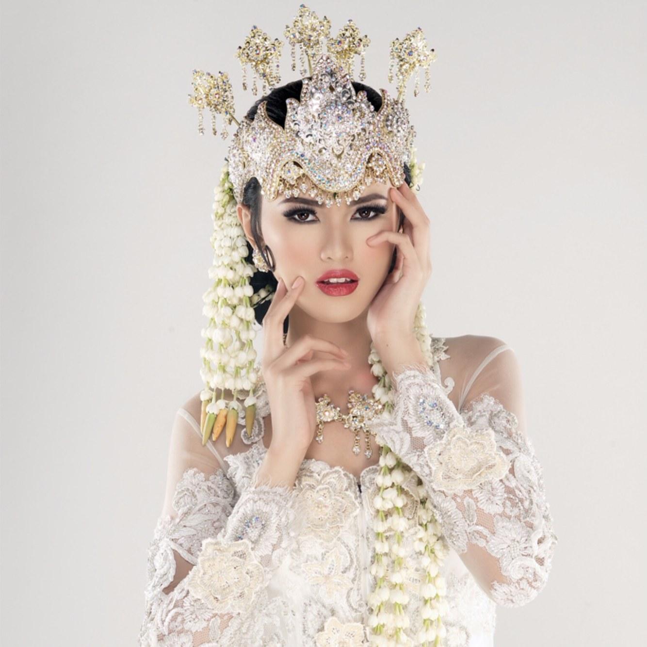 Ide Baju Pengantin Muslim Adat Sunda Kvdd Cantik Ini Dia Pakaian Pengantin Adat Sunda Yang Elegan
