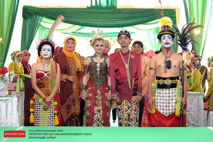 Ide Baju Pengantin Muslimah Jawa Syar'i H9d9 Model Foto Pengantin Jawa