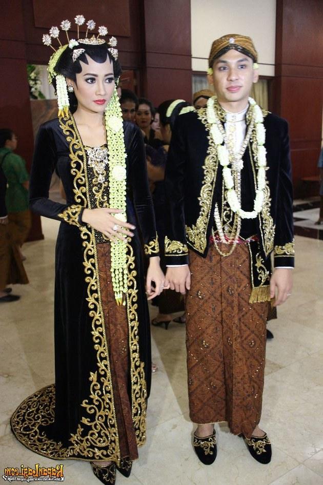 Ide Baju Pengantin Muslimah Jawa Syari Tldn 20 Gaun