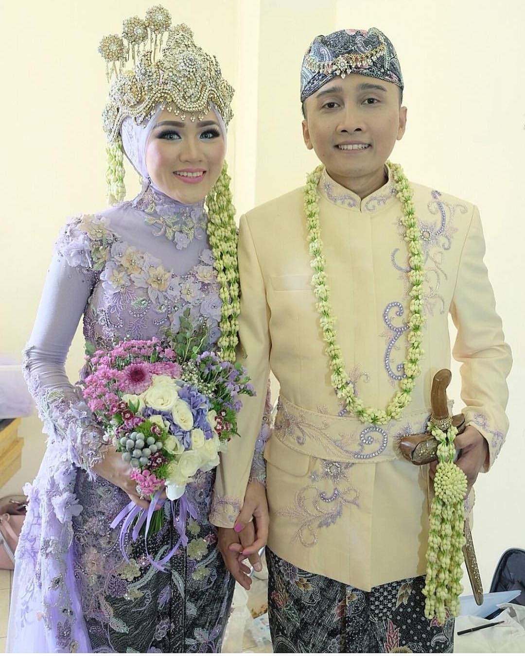 Ide Baju Pengantin Muslimah Jawa Syar'i Whdr 17 Model Baju Pengantin Muslim 2018 Desain Elegan Cantik