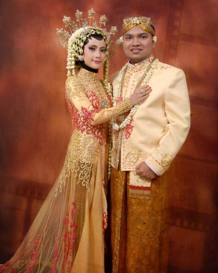 Ide Baju Pengantin Muslimah Jawa Syar'i Whdr 20 Gaun Pengantin Muslimah Berbagai Model Untuk Pernikahanmu