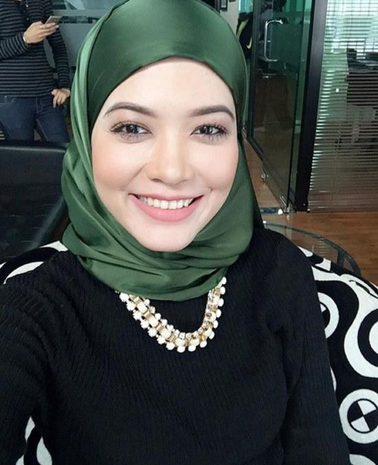 Ide Baju Pengantin Muslimah Malaysia Mndw Syatilla Melvin Bahasa Melayu Ensiklopedia Bebas