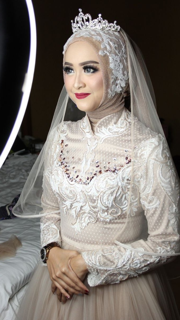 Ide Dress Pernikahan Muslimah H9d9 Dress Pernikahan Kemilau Senja Nimas & Feri by Laksmi 0817