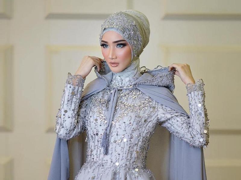 Ide Gaun Pengantin Muslimah Brokat E6d5 Inspirasi Gaun Pengantin Muslim Cantik Dan Elegan Untuk