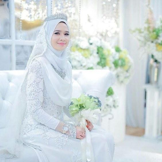 Ide Gaun Pengantin Muslimah Brokat Irdz Model Gaun Pengantin Muslimah Terbaru 2019