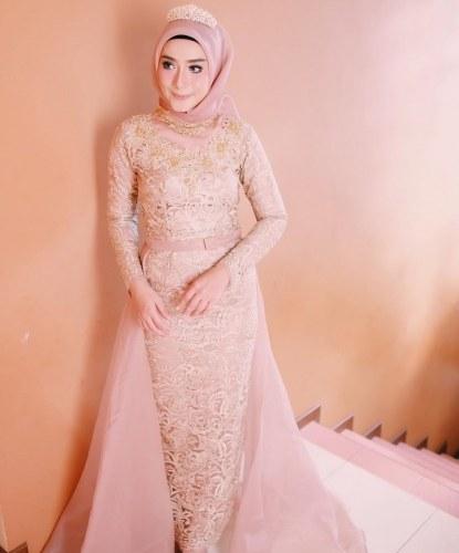 Ide Gaun Pengantin Muslimah Brokat Tqd3 24 Model Gaun Muslim Terbaru Yang Simple