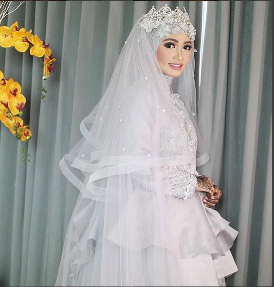Ide Gaun Pengantin Muslimah Yang Syar'i Dwdk 15 Gaun Pengantin 'fairy Tale' Oki Setiana Dewi Yang