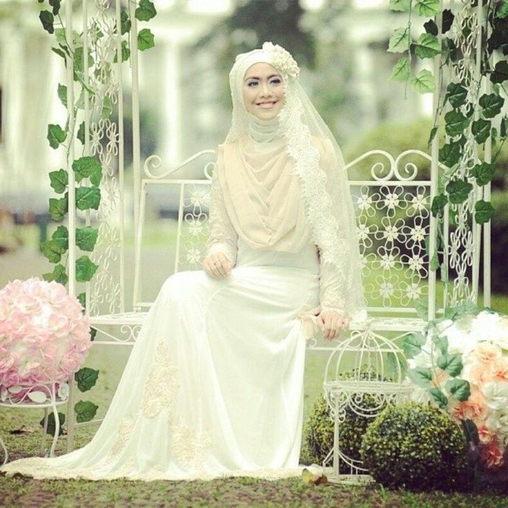 Ide Gaun Pengantin Muslimah Yang Syar'i E9dx Oki Setiana Dewi Irna La Perle