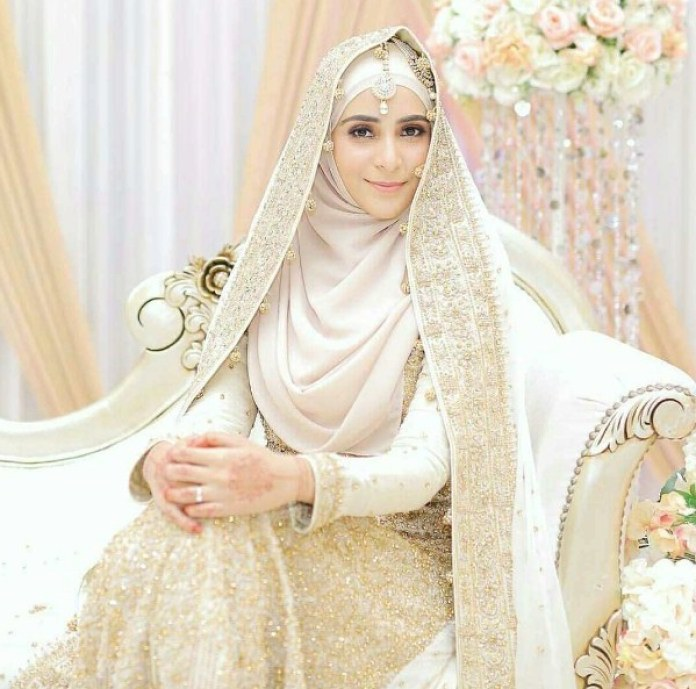 Ide Gaun Pengantin Muslimah Yang Syar'i Irdz Syarat Gaun Pengantin Muslimah Yang Syar I Seruni