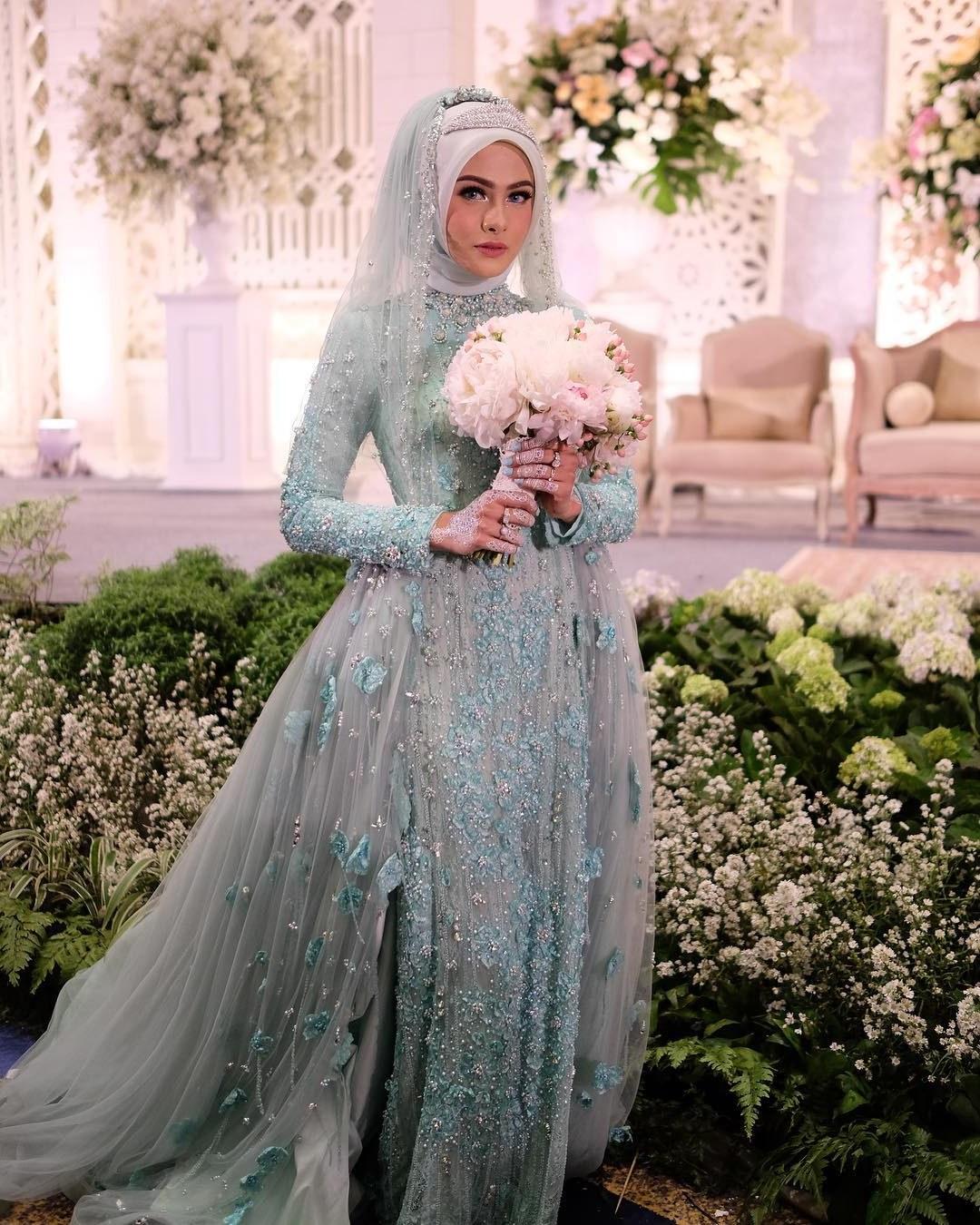 Ide Gaun Pengantin Muslimah Yang Syar'i Txdf 50 Model Baju Pengantin Muslim Modern Terbaru Berikut