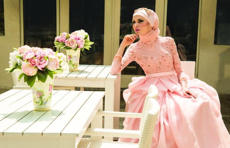 Ide Gaun Pengantin Muslimah Yang Syar'i Whdr Inspirasi Gaun Pengantin Muslimah Yang Memesona Mahligai