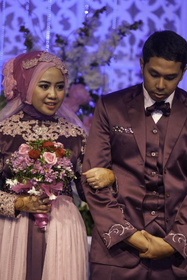 Ide Sewa Baju Pengantin Muslimah Bandung 4pde Baju Pengantin Dan Make Up Wedding Di Pekanbaru