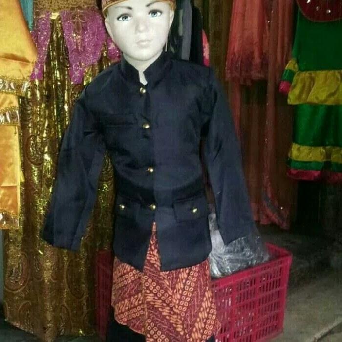 Inspirasi Baju Pengantin Muslim Adat Sunda Q0d4 Jual Baju Sunda Udeng Ujuran L Dki Jakarta Mumuy Shopping
