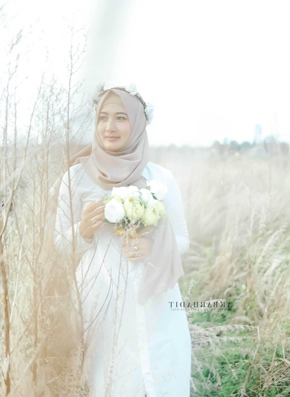 Inspirasi Busana Pengantin Berhijab U3dh Foto Pengantin Pake Hijab Terbaik Unik Baju Pengantin