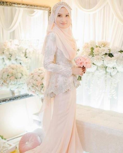 Inspirasi Busana Pengantin Berhijab Zwd9 Contoh Desain Baju Pengantin Muslimah Desain Pernikahan