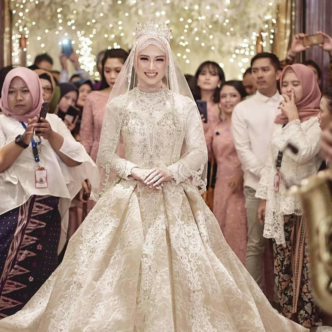 Inspirasi Busana Pengantin Muslimah Modern 87dx Trend Gaun Pengantin Muslimah Modern Artikel Wedding Market