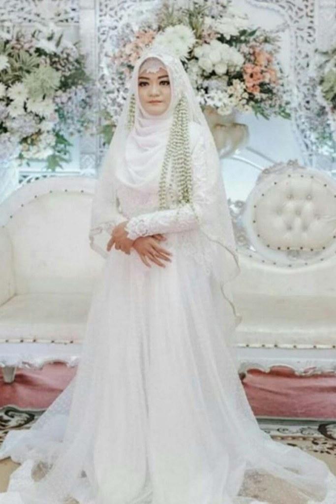 Inspirasi Busana Pengantin Muslimah Modern Mndw Model Kebaya Muslim Untuk Pernikahan Baju Kebaya Pesta