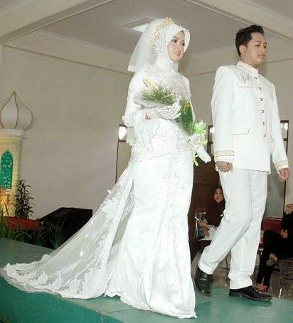 Inspirasi Busana Pengantin Muslimah Modern Rldj Sewa Gaun Pengantin Muslimah Modern Gaun Pengantin Muslimah