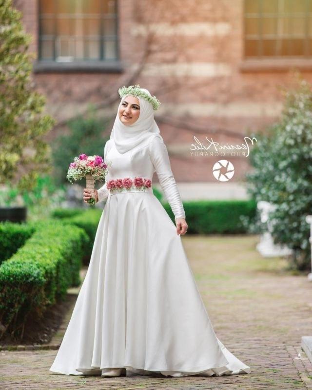 Inspirasi Busana Pengantin Muslimah Modern Whdr 15 Variasi Gaun Pengantin Internasional Hijab Yang sopan