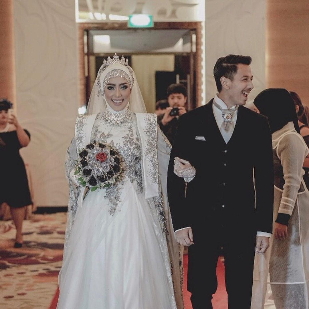 Inspirasi Busana Pengantin Muslimah Modern Zwd9 10 Inspirasi Gaun Pengantin Muslimah Ber A Modern Bak