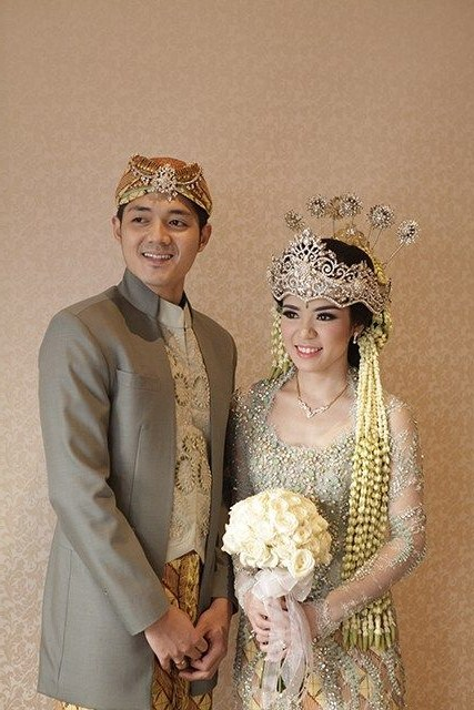 Inspirasi Gaun Pengantin Adat Sunda Muslim Fmdf Ade Juariah Aadjrhyaya123 On Pinterest