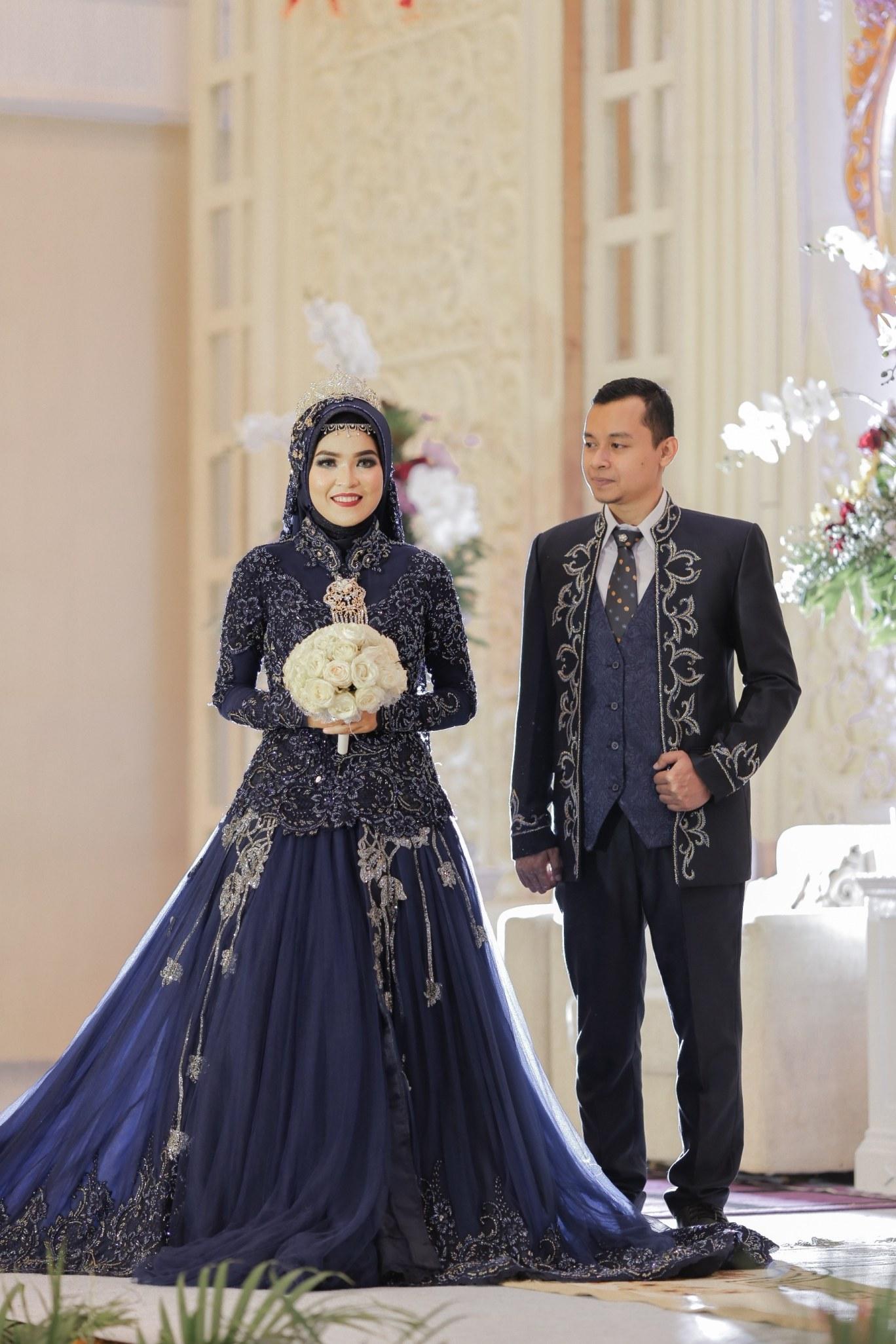 Inspirasi Gaun Pengantin Muslim Adat Jawa E6d5 57 Contoh Baju Pengantin Navy Paling Keren Modelbaju