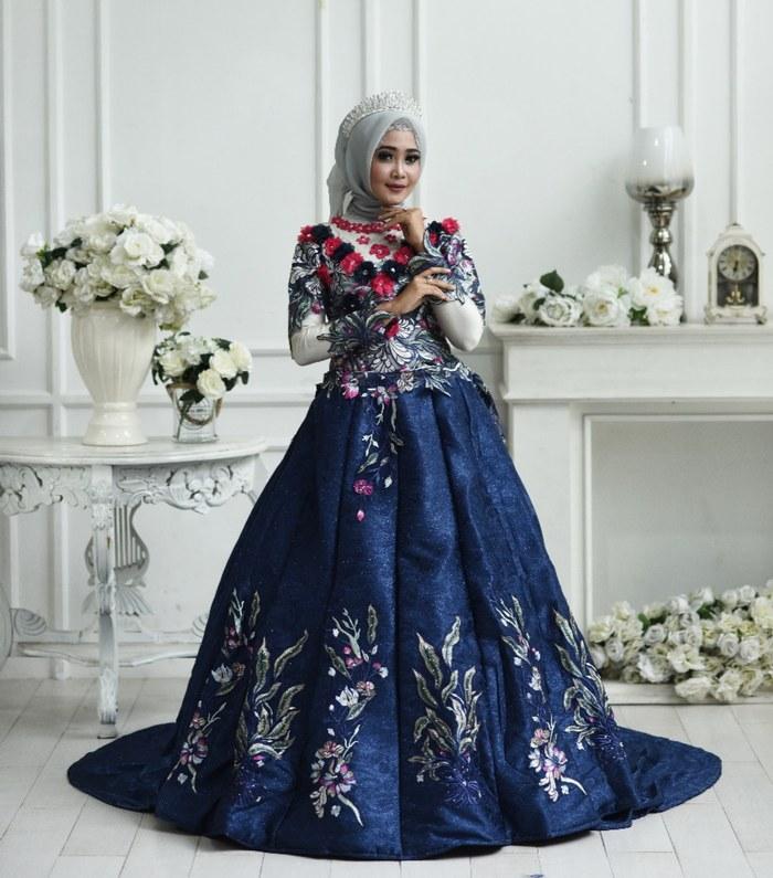 Inspirasi Gaun Pengantin Muslim Mewah Dan Elegan S5d8 57 Contoh Baju Pengantin Navy Paling Keren Modelbaju