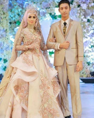 Inspirasi Gaun Pesta Pengantin Muslimah Ffdn Model Gaun Pengantin Muslimah Yang Diprediksi Bakal Tren 2019