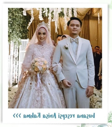 Inspirasi Gaun Resepsi Pernikahan Muslimah Rldj Laksmi Wedding solusi Busana Pengantin Muslimah Kini Dan Nanti